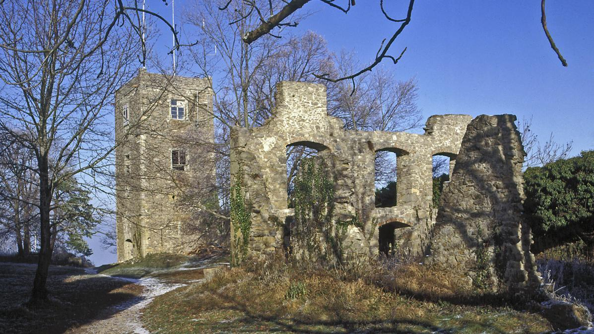 Ruine der Kirche in der oberen Festung der Festungsruine Hohentwiel; Foto: Staatliche Schlösser und Gärten Baden-Württemberg, Arnim Weischer