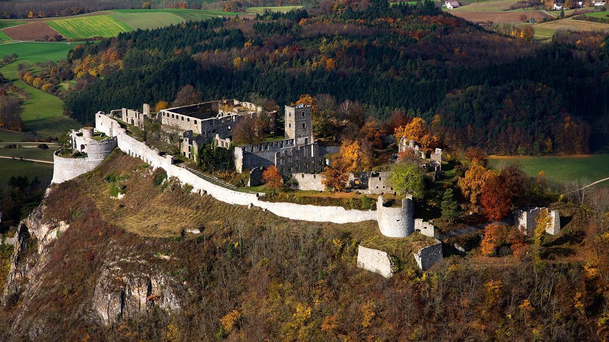 Luftansicht der Festungsruine Hohentwiel; Foto: Staatliche Schlösser und Gärten Baden-Württemberg, Achim Mende