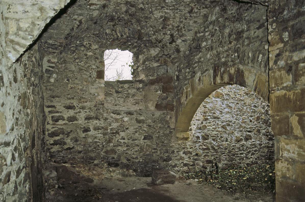 Gewölbe im Erdgeschoss des Schlosses der oberen Festung der Festungsruine Hohentwiel; Foto: Staatliche Schlösser und Gärten Baden-Württemberg, Arnim Weischer