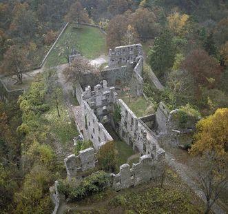 Die untere Festung der Festungsruine Hohentwiel; Foto: Landesmedienzentrum Baden-Württemberg, Arnim Weischer