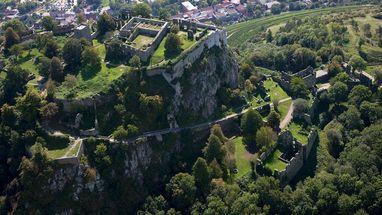 Festungsruine Hohentwiel, Luftansicht obere Festung; Foto: Staatliche Schlösser und Gärten Baden-Württemberg, Achim Mende