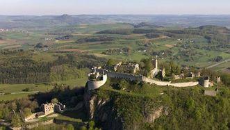 Ruines du château-fort de Hohentwiel, vue aérienne