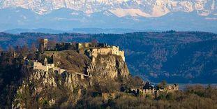Festungsruine Hohentwiel mit Alpenpanorama